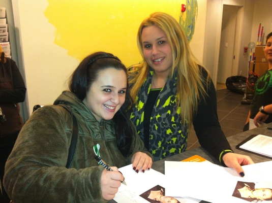 Nikki Blonsky with Great Neck Arts Center special education teacher Brooke Greiff