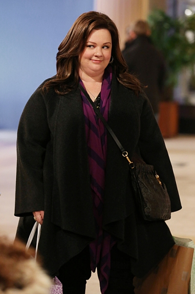 Photo Flash: MIKE & MOLLY's 'Molly's New Shoes'