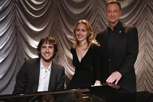 Josh Groban, Megan Dodds, Gary Sinise at First Look at Josh Groban on CSI: NY