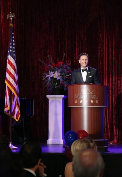 Photo Flash: SCANDAL's 'Boom Goes the Dynamite'