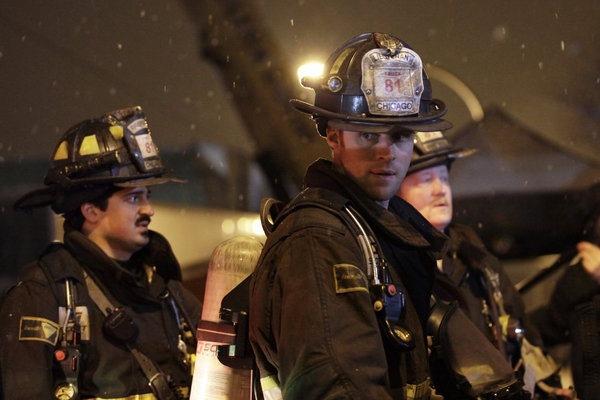 "CHICAGO FIRE -- ""Better To Lie"" Episode 117 -- Pictured: (l-r) Yuri Sardarov as Otis, Photo"
