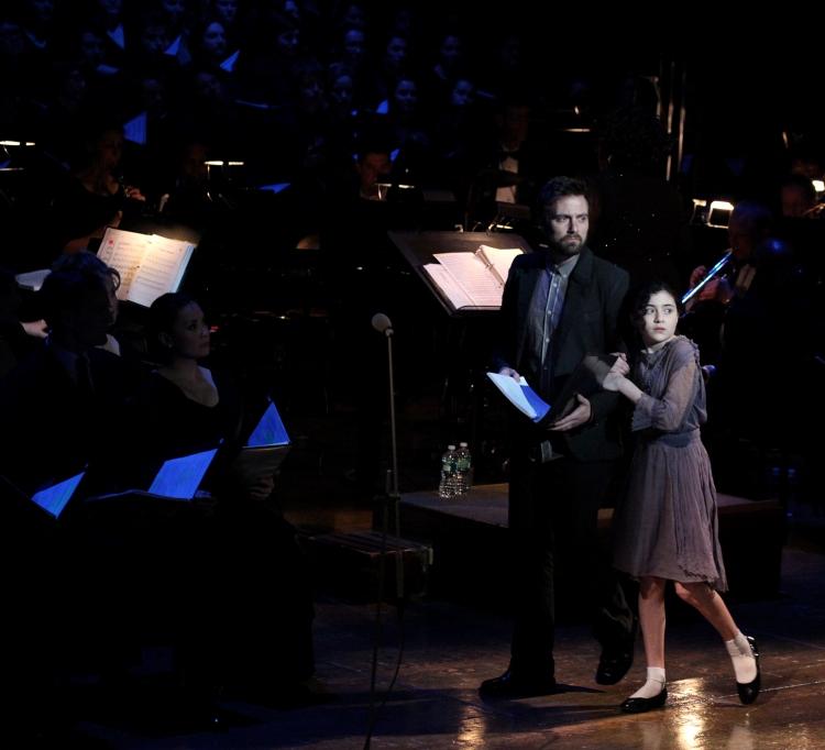 High Res Manoel Felciano & Lilla Crawford