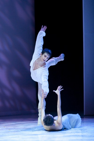 BWW Reviews: Pacific Northwest Ballet's ROMEO ET JULIETTE