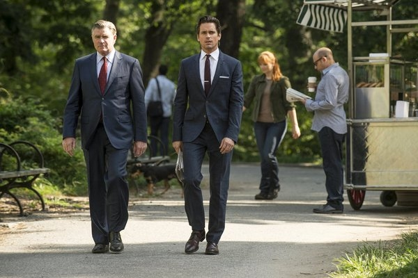 WHITE COLLAR -- 'Into the Wind' Episode 416 -- Pictured: (l-r) Treat Williams as Sam, Matt Bomer as Neal Caffrey, Willie Garson as Mozzie -- (Photo by: David Giesbrecht/USA Network)