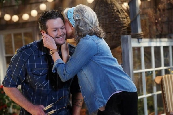 Photo Flash: First Look at Blake Shelton on MALIBU COUNTRY