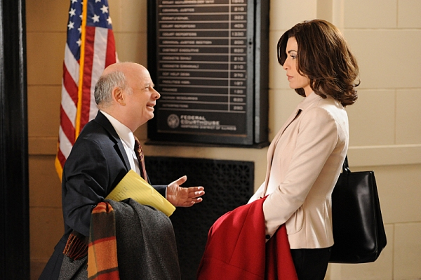 """Runnin' with the Devil""-- Jailed drug dealer Lemond Bishop requests that Alicia (Julianna Margulies) work with his other lawyer, Charles Lester (Wallace Shawn), but soon begins to suspect his motives, on THE GOOD WIFE, Sunday March 10 (9:00-10:00 PM, ET"