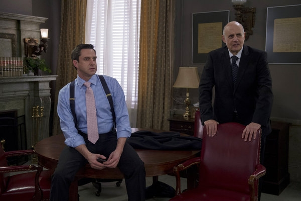 Photo Flash: LAW & ORDER: SVU's 'Funny Valentine,' Airing 2/27