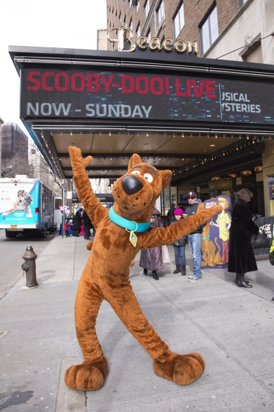 Photo Flash: Scooby Doo Joins with Garden of Dreams Foundation to Help Save Pets
