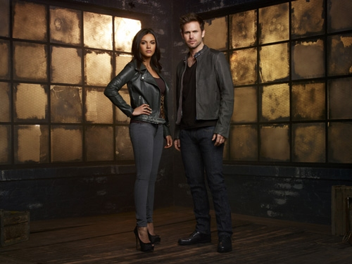 Photo Flash: Cast Photos for The CW's CULT Just Released