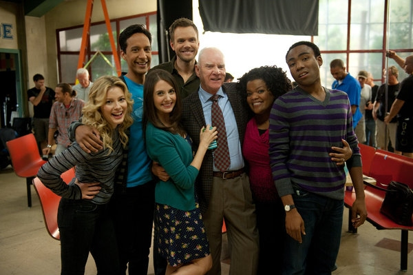 Gillian Jacobs, Danny Pudi, Alison Brie, Joel McHale, Malcolm McDowell, Yvette Nicole Brown, Donald Glover
