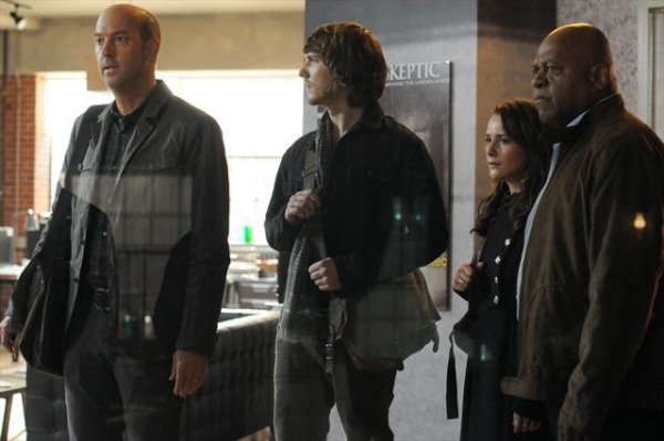 ANTHONY EDWARDS , SCOTT MICHAEL FOSTER, ADDISON TIMLIN, CHARLES DUTTON