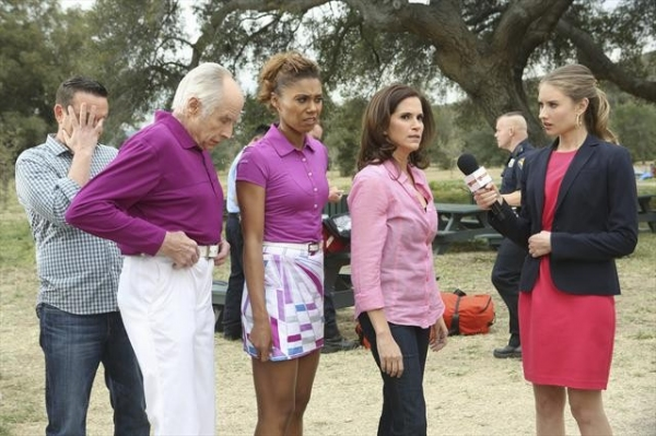 Photo Flash: First Look - THE NEIGHBORS' 'Sing Like a Larry Bird,' Premiering 3/13