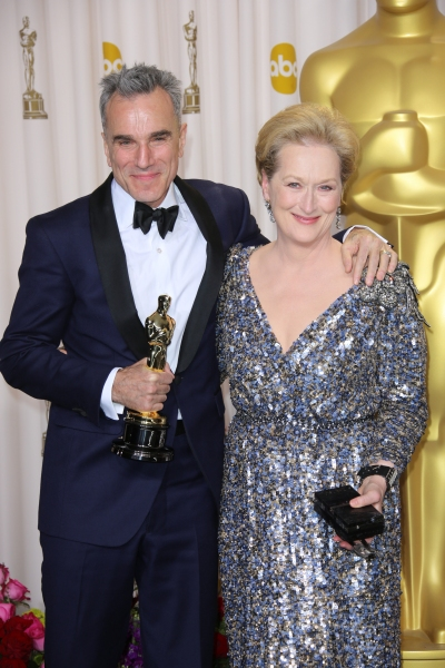 Photo Flash: Lawrence, Hathaway & More at OSCARS Press Room