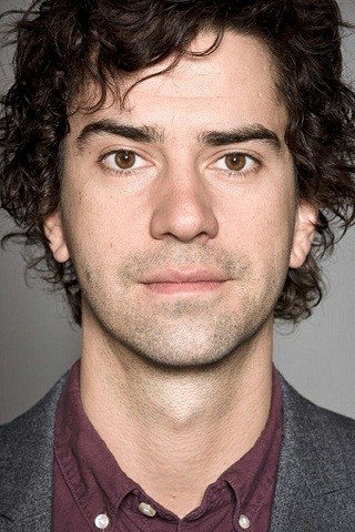 Hamish Linklater Joins New Robin Williams Comedy