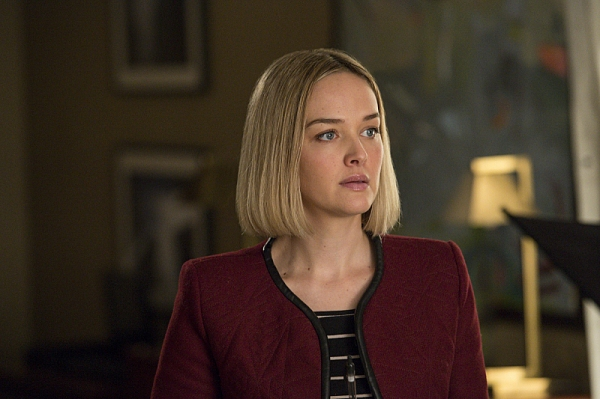 """Invitation to an Inquest"" � Robyn (Jess Weixler) assists Alicia�s case as she continues to learn the ropes under Kalinda, on THE GOOD WIFE, Sunday March 17 (9:00-10:00 PM, ET/PT) on the CBS Television Network Network. Photo: David Giesb"