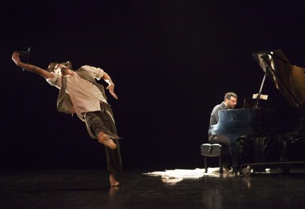 Encoded Revision (1996) Choroegrapher: Peggy Baker: Dancer: Benjamin Kamino Pianist:  Photo