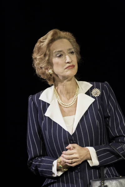 Photos: Back as The Queen! First Look at Helen Mirren, Michael Elwyn and More in THE AUDIENCE
