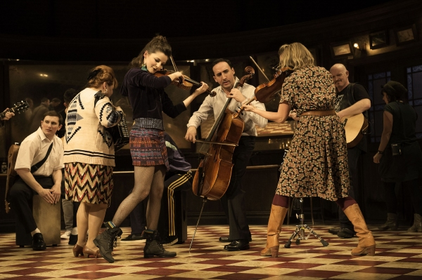 Photo Flash: First Look at Declan Bennett and Zrinka Cvitesic in West End's ONCE!