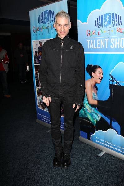 Photo Flash: Tony Vincent and More at 2013 Garden of Dreams Talent Show Auditions
