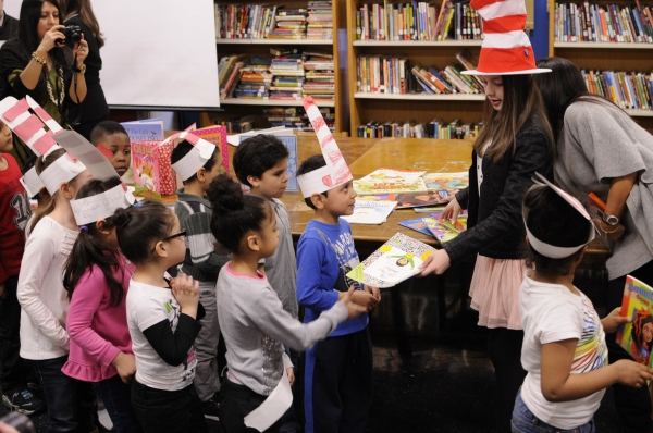Photo Flash: Voice of DORA THE EXPLORER Fatima Ptacek Reads for SAG's BookPALS Program