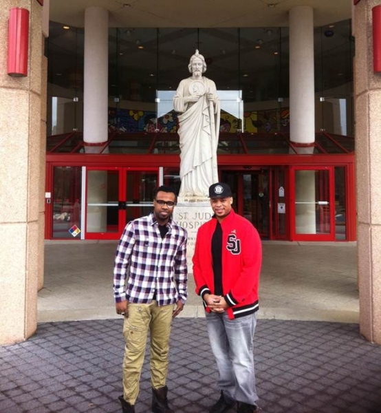 Photo Flash: Gospel Singer James Fortune Visits St. Jude's Children's Hospital in Memphis