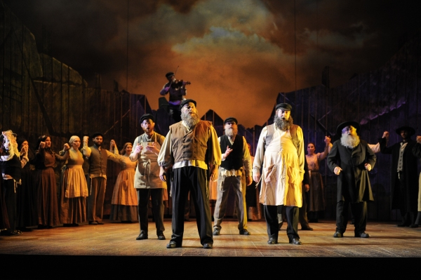 Photo Flash: First Look At FIDDLER ON THE ROOF At Aurorau0027s Paramount Theatre