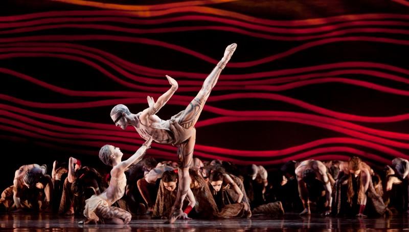 Ballet: THE RITE OF SPRING. Choreographer: Stanton Welch. Dancer(s): Nozomi Iijima and Joseph Walsh.