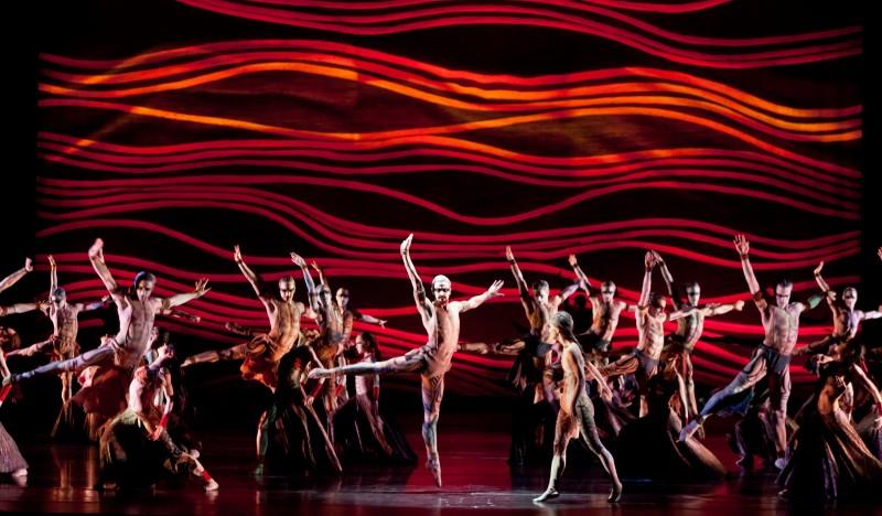 Ballet: THE RITE OF SPRING. Choreographer: Stanton Welch. Dancer(s): Artists of Houston Ballet.