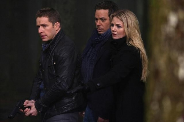 Josh Dallas, Michael Raymond-JAMES, Jennifer Morrison