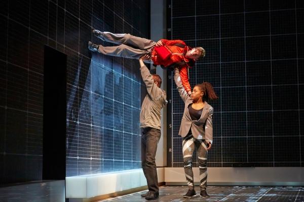 Luke Treadaway as Christopher Boone, Matthew Barker, Rhiannon Harper-Rafferty Photo