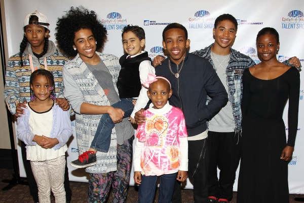 Photo Flash: Mindless Behavior, Tony Vincent, and More at Radio City's Garden of Dreams Talent Show Rehearsals
