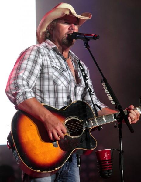 Toby Keith & Trace Adkins to Headline Pepsi Gulf Coast Jam in Panama City Beach, 9/26-28