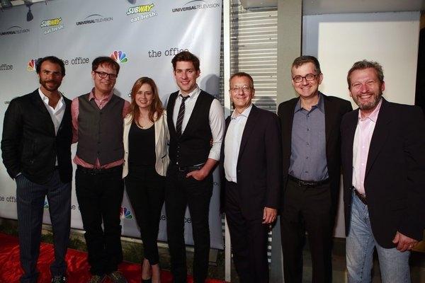 Ben Silverman, Rainn Wilson, Jenna Fischer, John Krasinski, Howard Klein, Greg Daniel Photo