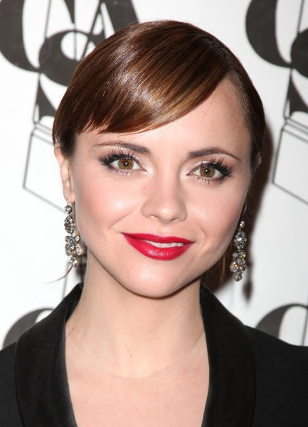Christina Ricci Drops Out of NBC's GIRLFRIEND IN A COMA