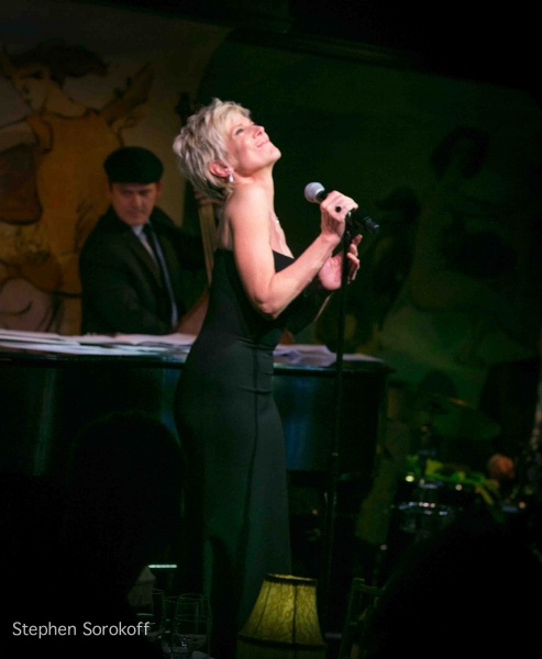 Photo Coverage Debby Boone Brings Swing This To Cafe Carlyle