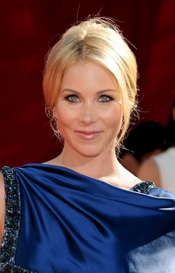 Christina Applegate in Talks to Join Ed Helms for VACATION Reboot