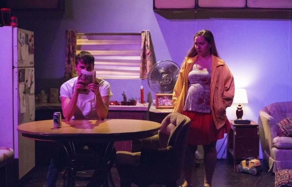 Shawn Parsons and Rebecca Sigl are Al and Wanda, a desperately poor Louisiana couple looking for a way out of their financial problems