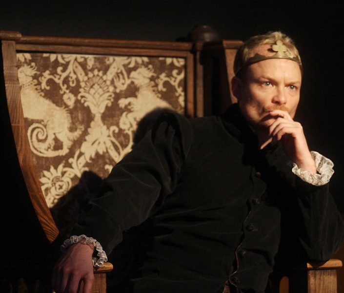 BWW Reviews: Impressive HENRY V is Energetic, Brilliant, and Alluring