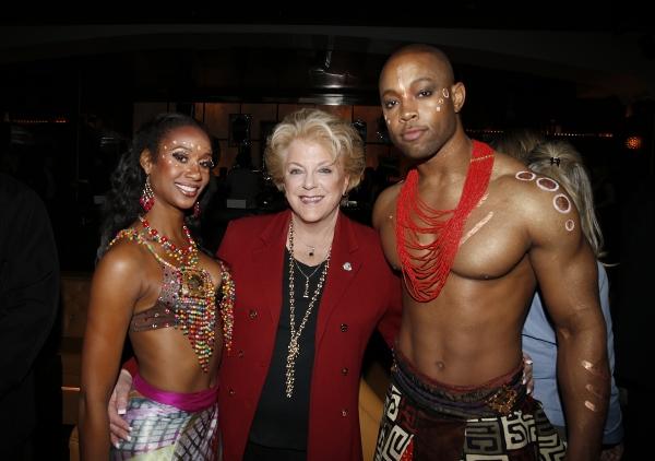 Las Vegas Mayor Carolyn Goodman (center) poses with Cirque du Soleil