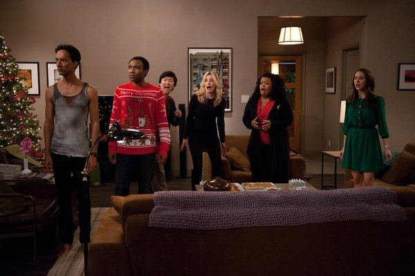 Danny Pudi, Donald Glover, Ken Jeong, Gillian Jacobs, Yvette Nicole Brown, Alison Brie