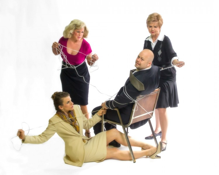 BWW Reviews: 9 TO 5: THE MUSICAL is a Toe-Tapping Good Time