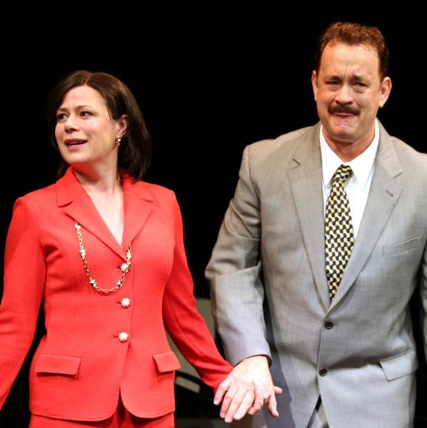 Maura Tierney & Tom Hanks