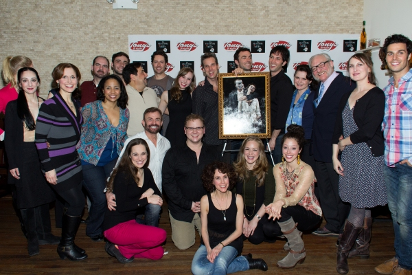 Photo Coverage: THE PHANTOM OF THE OPERA Cast Unveils Portrait at Tony's di Napoli