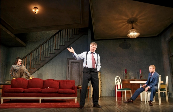 Photo Flash: ORPHANS, Starring Alec Baldwin and More, Opens on Broadway Tonight!