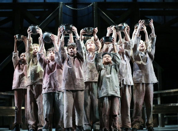 Photo Flash: First Look at Brady Tutton, Heidi Kettenring and More in OLIVER! at Drury Lane Theatre