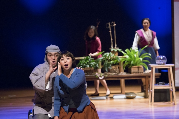 BWW Reviews: HGO's THE MEMORY STONE is Haunting, Gorgeous, and Spellbinding