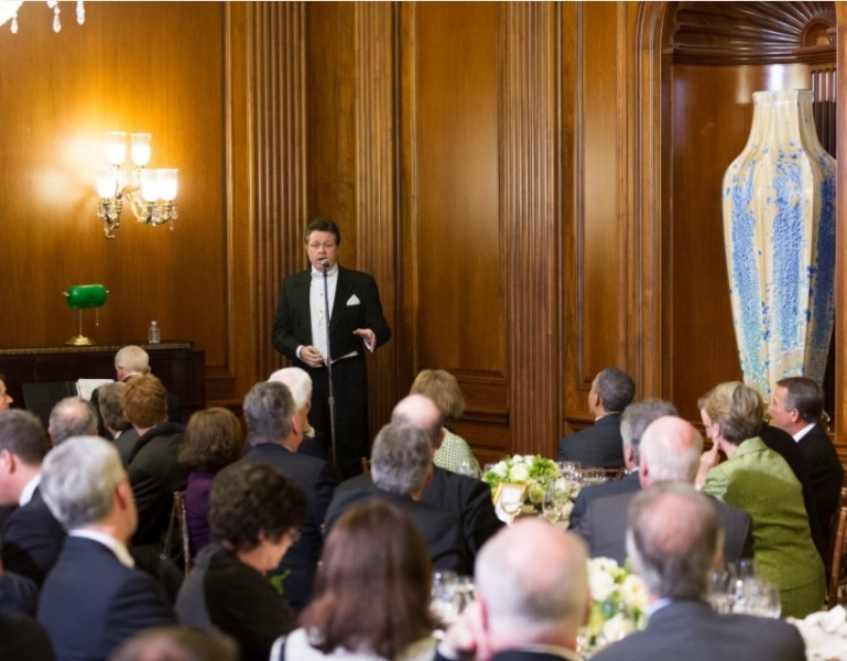 Tenor Anthony Kearns Receives Standing Ovation at the 2013 Friends of Ireland Lunch