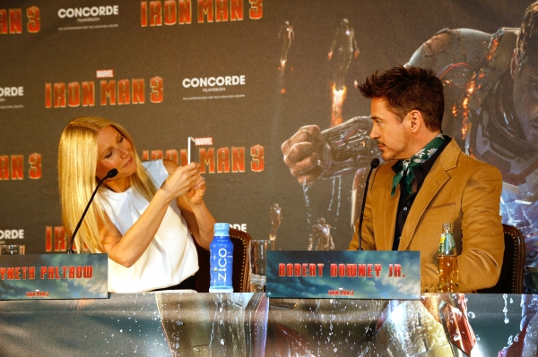 Gwyneth Paltrow, Robert Downey