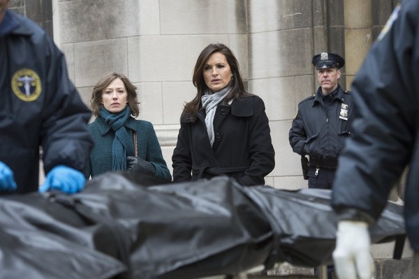 Carrie Coon, Mariska Hargitay at LAW & ORDER: SVU's 'Girl Dishonored,' Airing 4/24