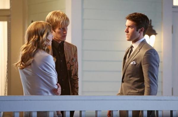 Emily Vancamp, Gabriel Mann, Josh Bowman Photo